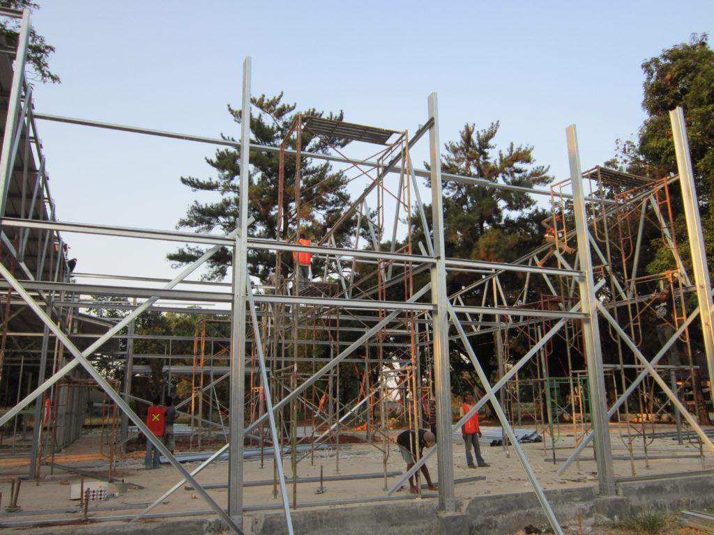 konstruksi-atap-baja-ringan